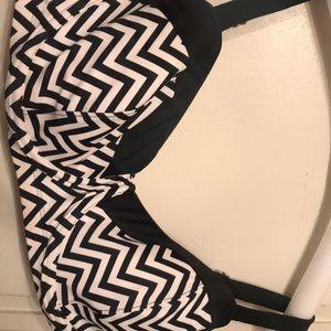 Ava & Viv bikini top black & white